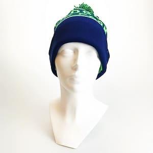 Custom beanie blauwgroen voorkant